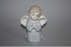 Figura keramička anđeo kleči  10x7,5cm   CH50922