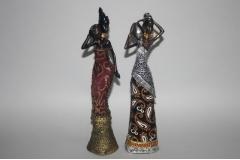 Figura tamnoputa djevojka   26cm  CH52112