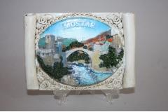Suvenir slika na stalku  keramička Mostar  13,5x10cm   CH57642