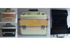 Kovčeg metalni za šminku  36x22x26cm  CH6775
